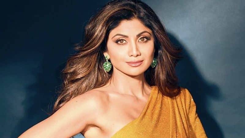 Shilpa Shetty Was not Ready To Marry Raj Kundra Until He Bought Bungalow In Front Of Amitabh Bachchans House dpl