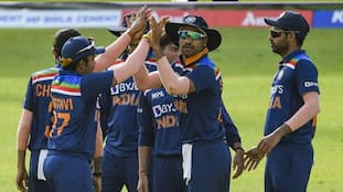 INDvsSL 1st T20I: sri lanka won the toss and elected to bowl first CRA