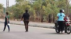 young gujarati girls hulchul on road at parvathipuram ksp