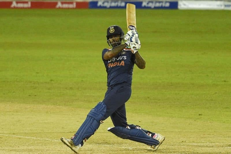 india beat sri lanka in first t20 with the help of bhuvneshwar kumar super bowling
