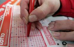 Lottery in Berlin, 3 billion rupees lottery, lottery ticket, lottery ticket story