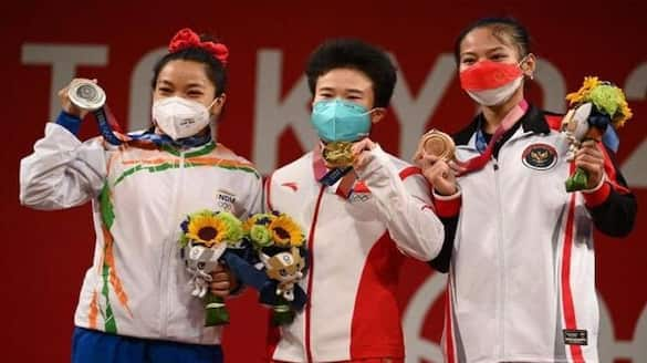 Tokyo Olympics: Mirabai Chanu need to be satisfied with silver, Weightlifting gold medallist Zhihui Hou dope test did not happen dva