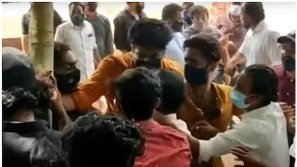 clash in vaccination centre at kasaragod
