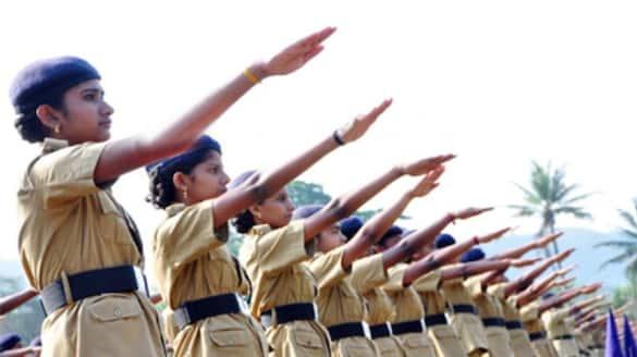 chief minister pinarayi vijayan  inaugurate  student police cadet 12 year celebration