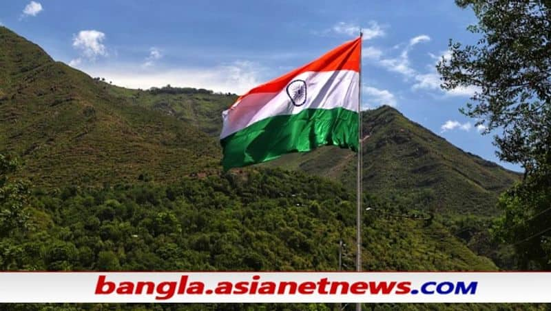 part of 75th independence day Indian army installed 100 feet national flag in Jammu Kashmir bsm