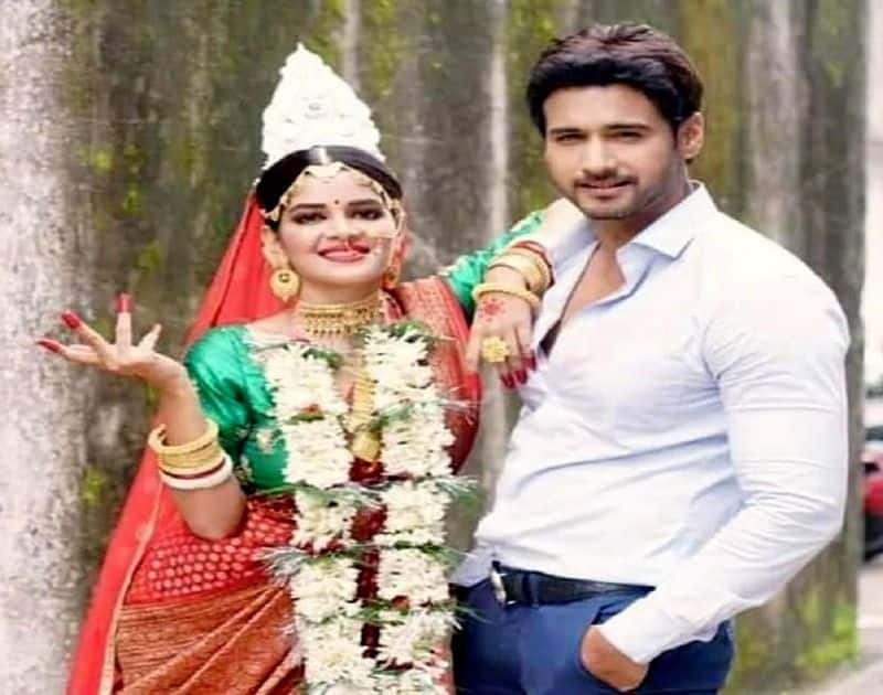 Fans love to watch o mon re music video for yash dasgupta and madhumita sarcar jodi bjc