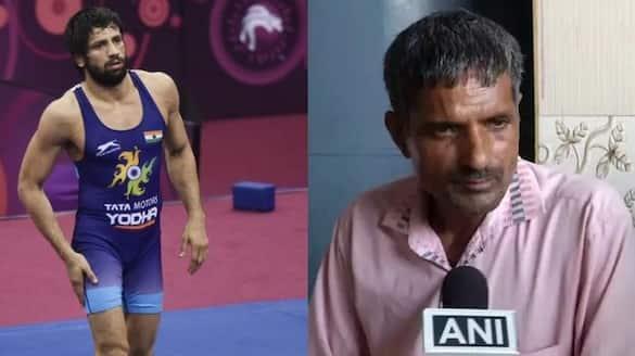 Tokyo Olypics: Wrestler Ravi Kumar Dahiya owns this medal to his father