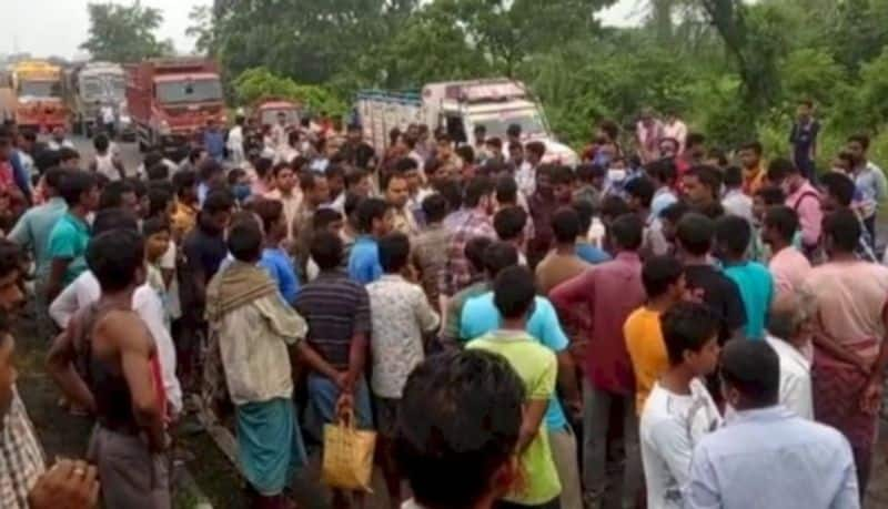 5 people died in a road accident at Murshidabad bmm