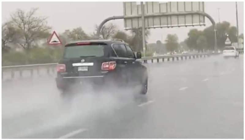 8 districts raining