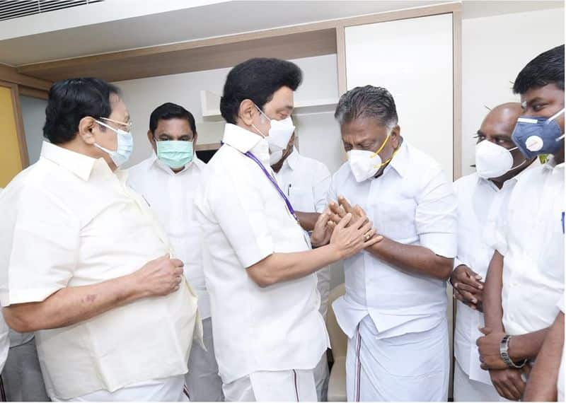 Edappadi who went far in the mourning house ... Sasikala-OPS tear meeting after 4 years