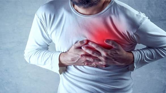 The man who arrived at the cardiology camp had a heart attack and collapsed