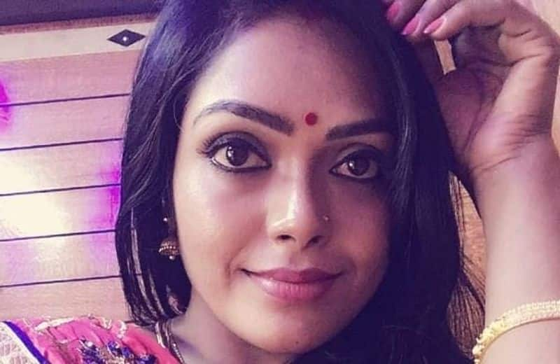 serial actor jayalakshmi replay for money issue