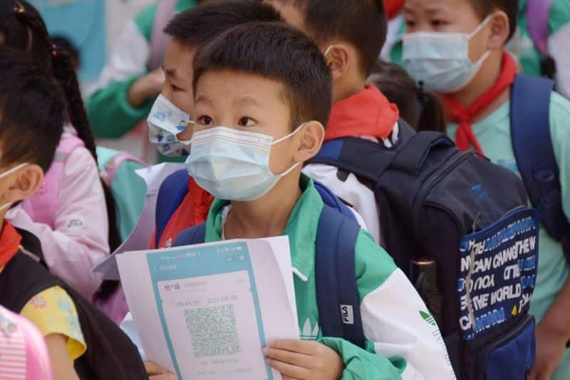 watch shocking video of china force 4 year old child into isolation as covid 19 case surge bsm