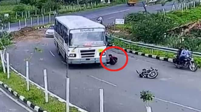 gujarat news horrible accident of bus and bike in Dahod