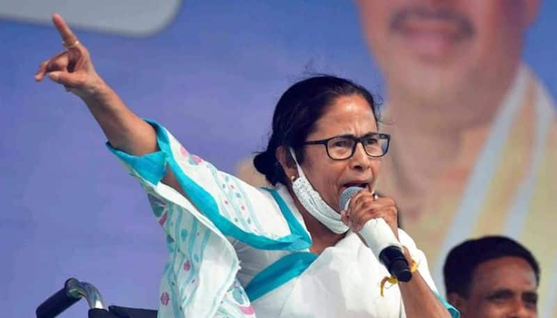 Mamata Banerjee needs to be given the title for dishonesty, Adhir Choudhury attacks TMC bpsb