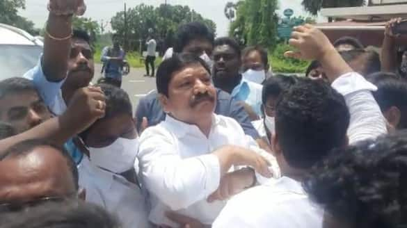 police filed sc st atrocity cases against 11 tdp leaders over attack on ysrcp mla jogi ramesh