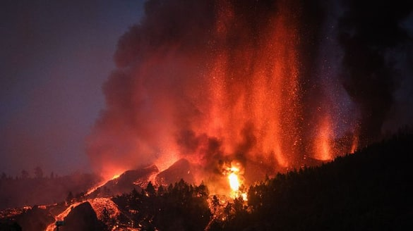 Spain Lava engulfs numerous homes as Canary Island volcano erupts gcw