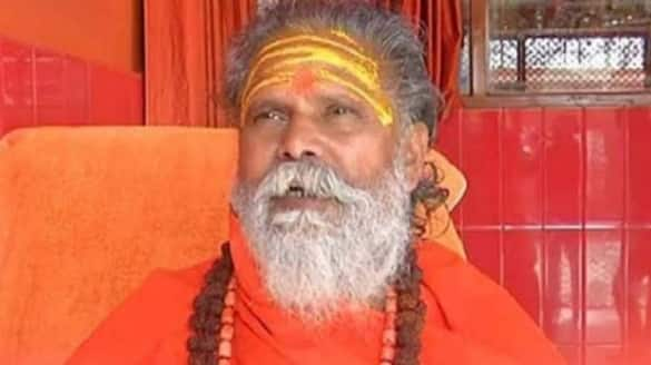 Mahant Narendra Giri death case Disciple Anand Giri, Hanuman temple priest being questioned