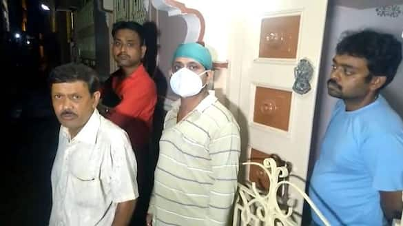a boy died for Dengue in Kolkata during Corona situation bmm