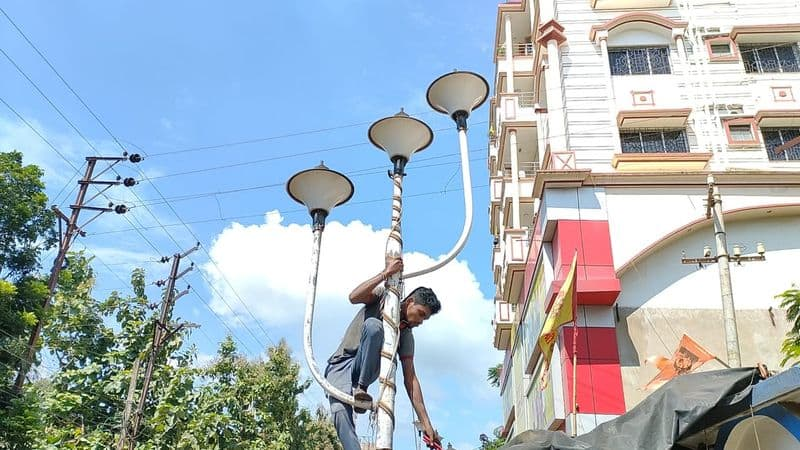 Midnapore Municipality disconnected all triphala lights due to cyclone gulab bmm