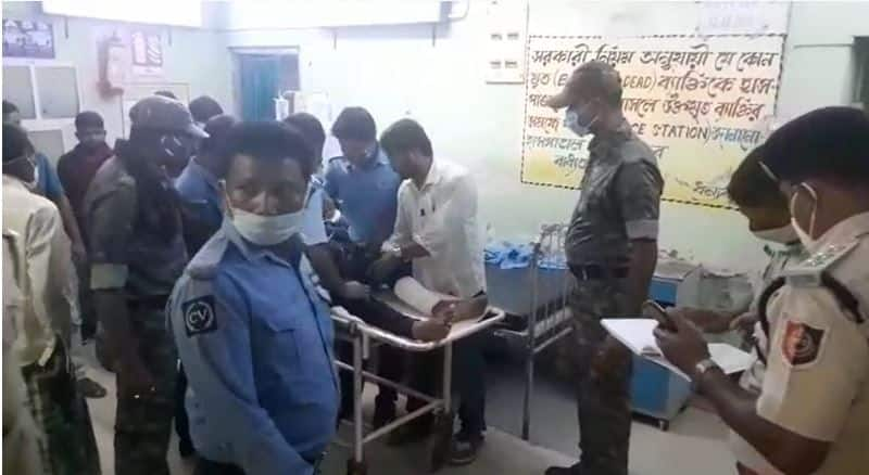 In a horrific accident examinee broke his leg while going to gave the exam of the police bmm