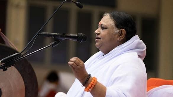 matha amritanandamayi birthday celebrated as a prayer yajna