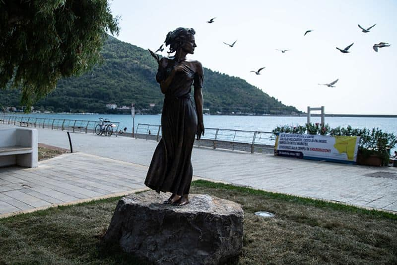 The Gleaner of Sapri statue has sparked a sexism row