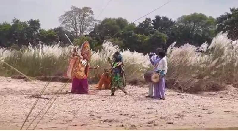 Chhau artists are presenting Corona through dance  bmm