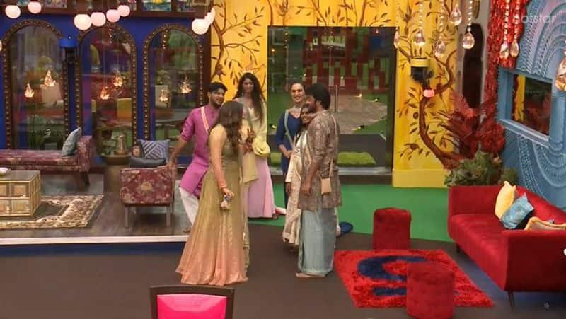 biggboss tamil season 5 isaivani emotional crying speech promo released