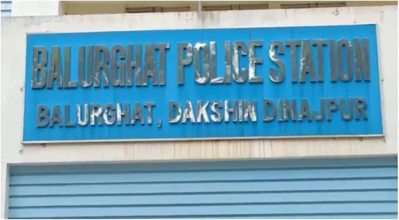 around 2 lakh rupees allegedly disappeared from bank account in Balurghat bmm