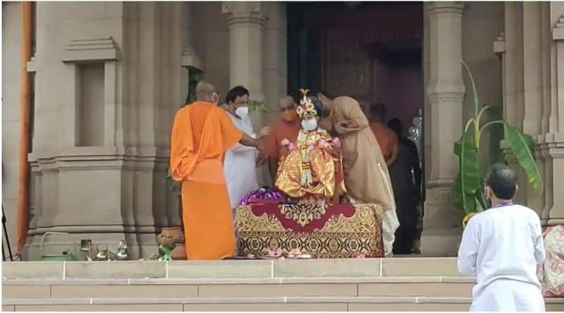 Swamiji first worshiped a Muslim girl as Kumari in Durga puja at Khirbhabani Temple bmm