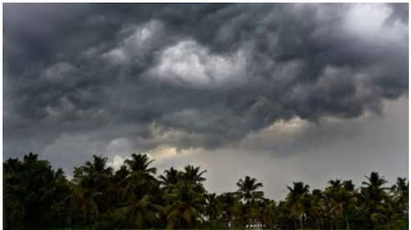 O God.. the people of Tamil Nadu are alert. Especially the people of this district stay very alert for the next 4 days.