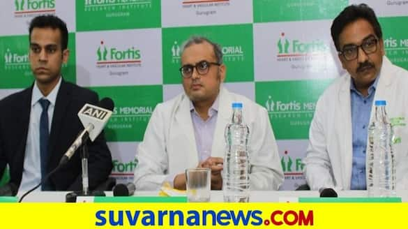 Bengaluru Fortis Hospital doctors removed world largest tumor from Youth chest rbj