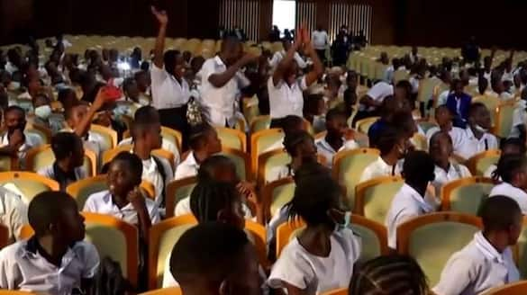 school students storms to parliament over teachers strike