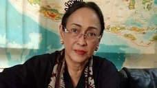 Sukmawati Soekarnoputri daughter of ex-Indonesian Prez Soekarno converts from Islam to Hindu gcw