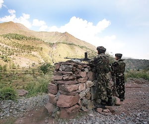Army protests against killing of its soldiers by Pakistan during DGMO talks