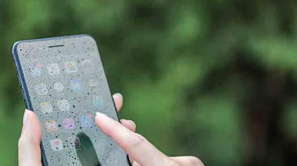 What are the step to save-smartphone-from-water-damage