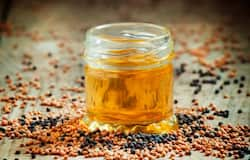 <p><strong>Mustard Oil</strong><br /> All Indian cooking is done in mustard oil, and it is also healthier than the others. It has fatty acid, linoleic acid, oleic acid, erucic acid, essential vitamins, and antioxidants, which helps in controlling cholesterol levels and body weight.</p>  <p>&nbsp;</p>