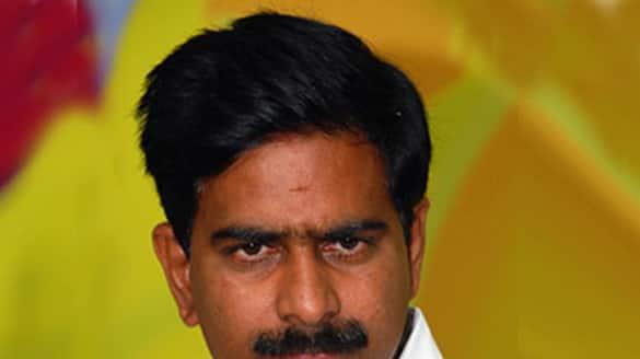 mailavaram police filed a case on devineni umamaheshwar rao akp