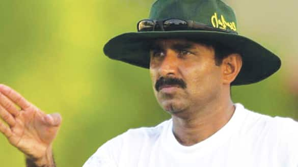 Miandad lashes out at PCB for PSL resumption plans