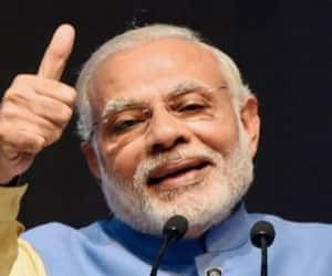Why are the countries around the world giving Modi awards